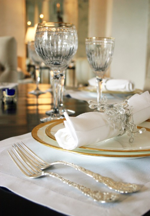 table setting with salt holder